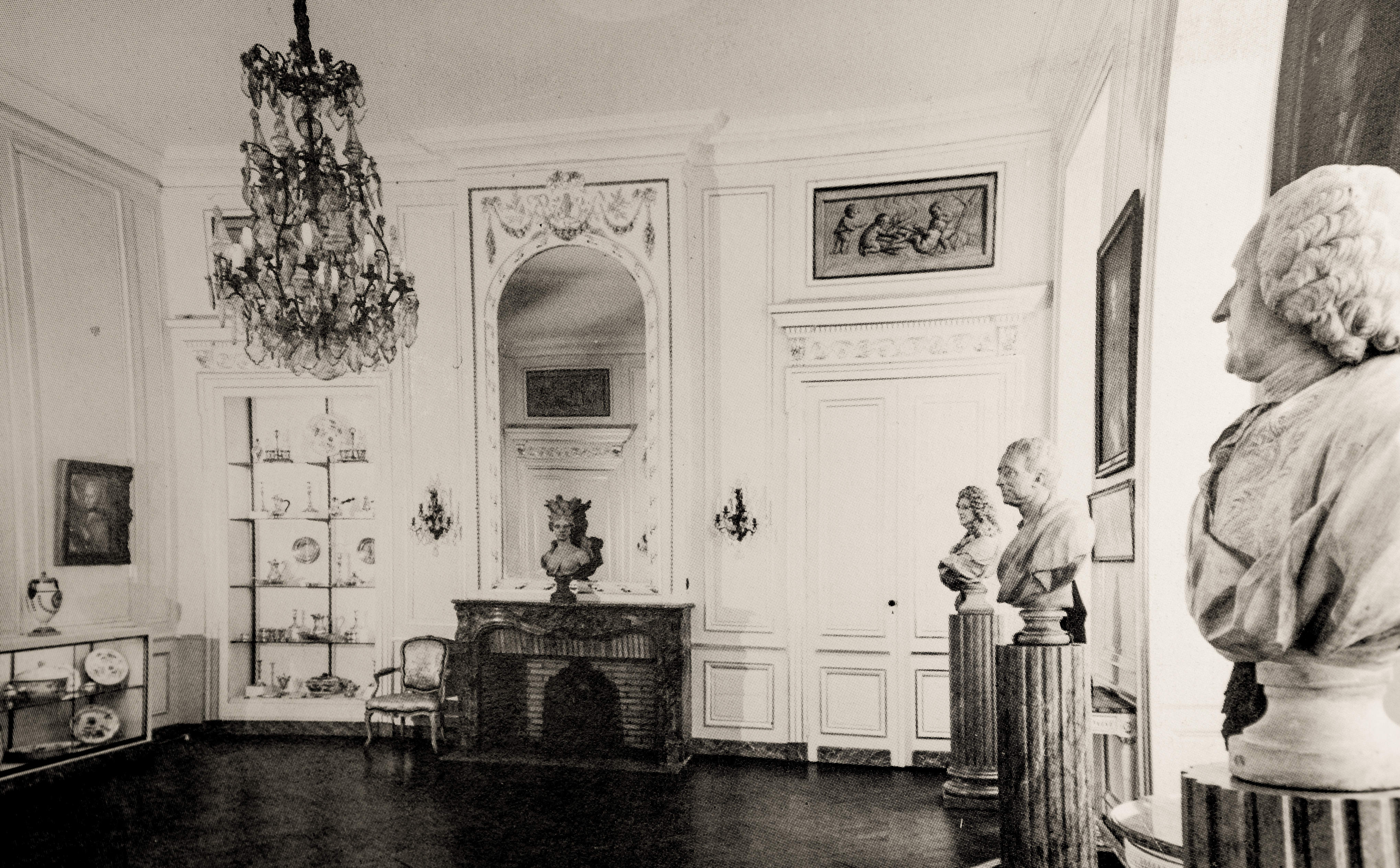 le mus e des arts d coratifs musee des arts decoratifs et du design de bordeaux. Black Bedroom Furniture Sets. Home Design Ideas