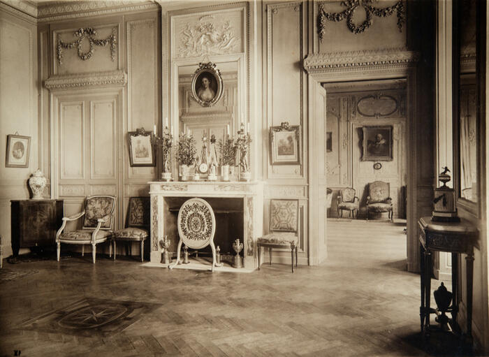 Salon Jonquille, Exhibition of former art of XVIIth and XVIIIth centuries, 1924<br/> &copy;  madd Bordeaux