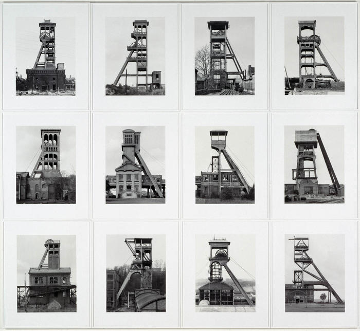 "Bernd Becher (1931-2007) et Hilla Becher (1934-2015), ""Tours d'extraction"", 1970-1988 - Prêt du CAPC, musée d'art contemporain de Bordeaux <br/>"