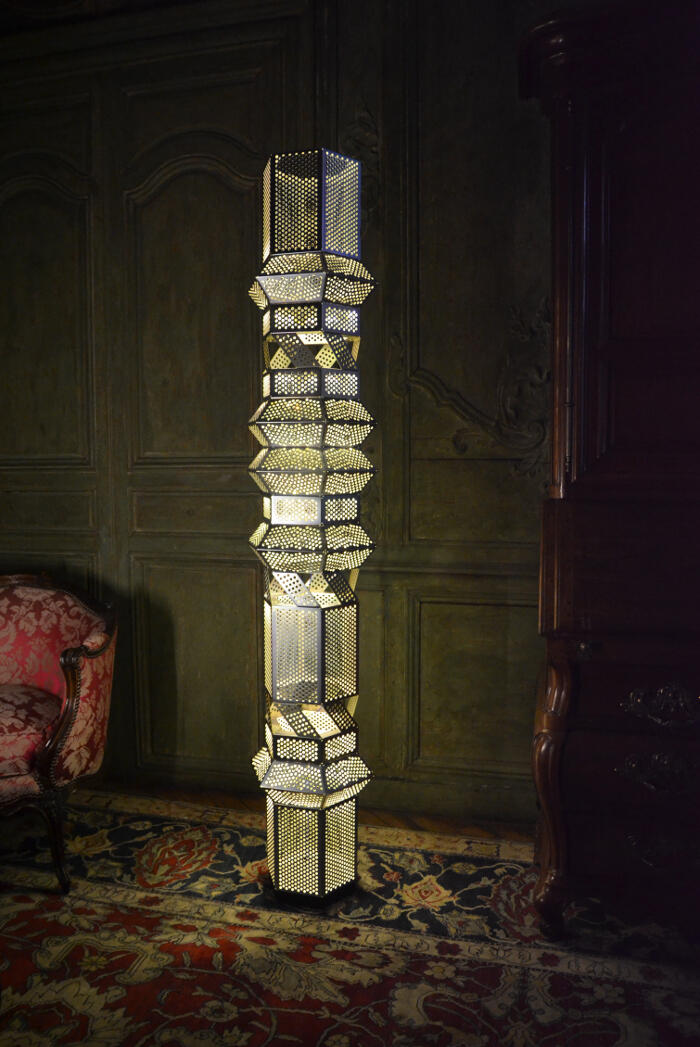 Column light, 2013, Nilufar Milan<br/> &copy;  madd-bordeaux - M. Delanne